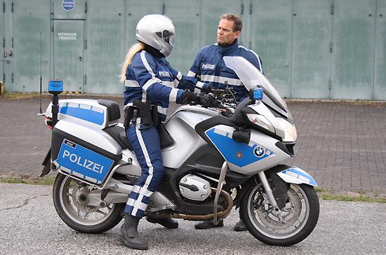 Neuen Polizeimotorr 228 Der Bmw Autos Der Zukunft
